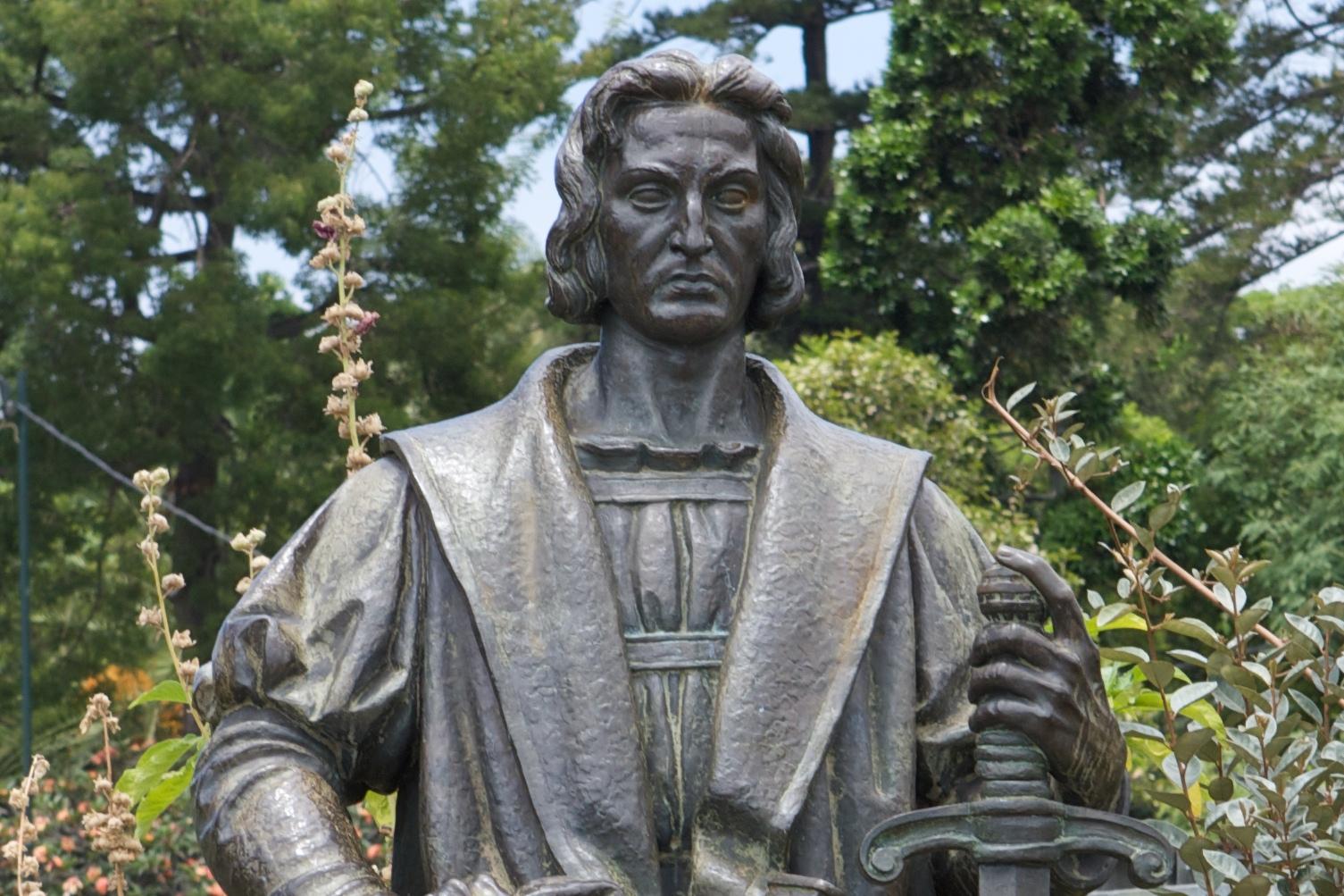 Cristobal Colón Estatua