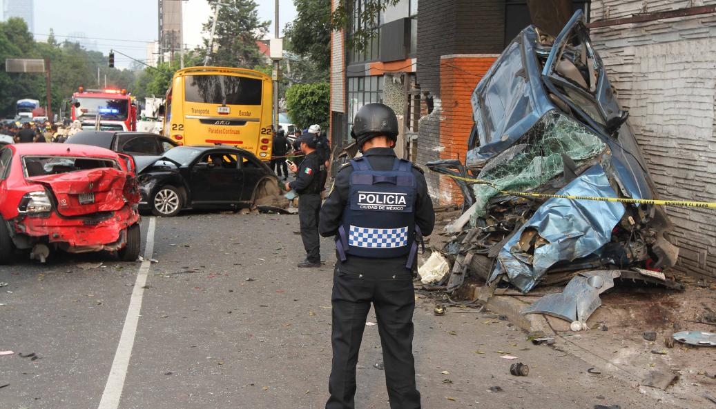 Conductor de pipa que embistió a vehículos en Constituyentes iba drogado