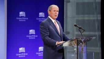 George W Bush denuncia aislacionismo Estados Unidos era Trump