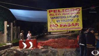 Habitantes de Xochimilco bloquean carretera por grietas