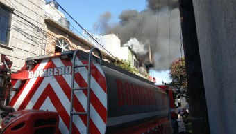 Tres muertos por incendio en una vivienda en la Agricola Oriental