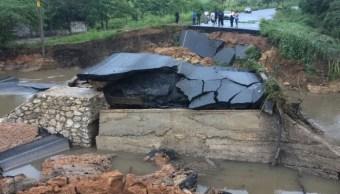 colapsa carretera en oaxaca fuertes lluvias