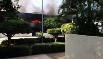Detienen a 4 normalistas por incendio en oficinas educativas en Chiapas