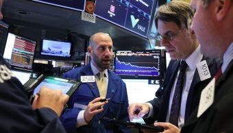 Wall Street cierra triple récord sus principales indicadores