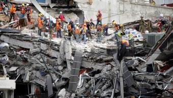 Damnificados del sismo del 19-S se manifiestan en la Asamblea Legislativa