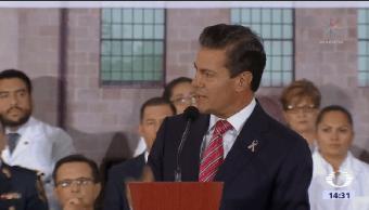 Peña Nieto Festeja Médicos Día Presidente