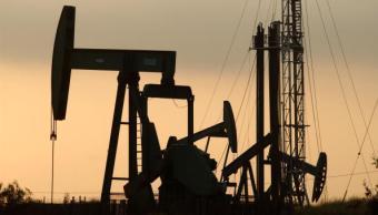 Precios del petróleo inician a la baja