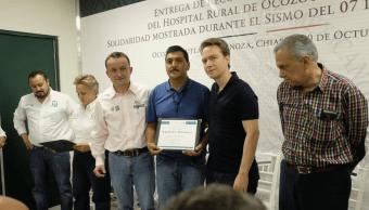 Reconocen a médicos de IMSS-Prospera que realizaron cesárea durante sismo en Chiapas
