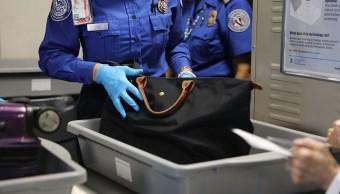 Gobierno de EU aplicará nuevos filtros de seguridad a vuelos del extranjero