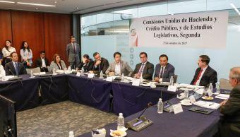 Senadores analizan aprobación de dictamen de Ley de Ingresos
