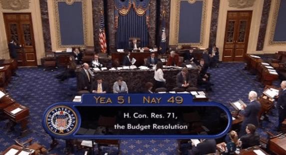 Senado de EU aprueba presupuesto