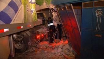 trailer choca contra casa en el oriente de la cdmx