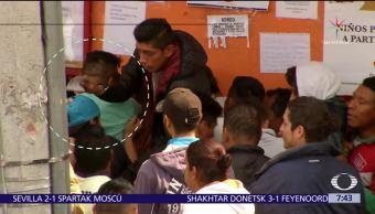 Molestia entre aficionados por desorganización en venta de boletos de Plaza México