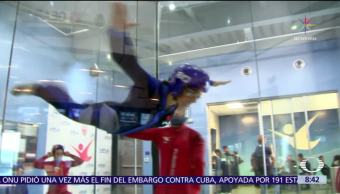 Paola Rojas realiza vuelo experimental en Houston