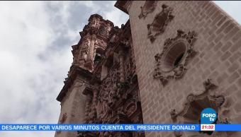 Restauran templo de Santa Prisca en Taxco