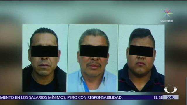 Procesan a 3 custodios que robaron camioneta de valores