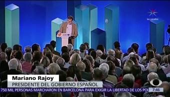 Mariano Rajoy visita Cataluña y afirma que se restableció el orden legal