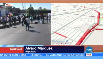 Padres de familia bloquean Circuito Interior y exigen reapertura de escuelas
