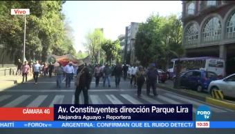 Manifestantes avanzan sobre Avenida Constituyentes hacia Santa Fe