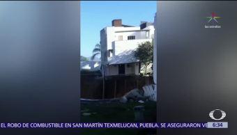 Construcción de estacionamiento provoca derrumbe de 4 casas en Monterrey