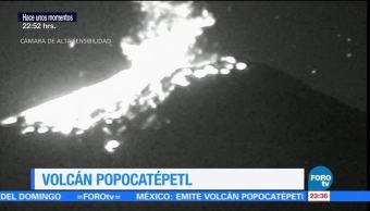 Volcán Popocatépetl mantiene actividad incandescente este viernes