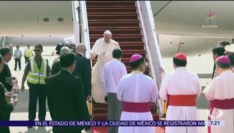 El papa Francisco llega a Rangún, antigua capital de Myanmar