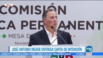 Meade entrega carta de intención al PRI para buscar precandidatura