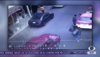 Hombre amenaza a automovilista que le impide estacionarse en la CDMX