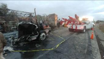 accidente provoca caos vial sobre la autopista mexico queretaro