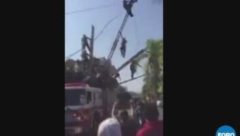 Bomberos sufren accidente durante desfile en Puerto Vallarta, Jalisco