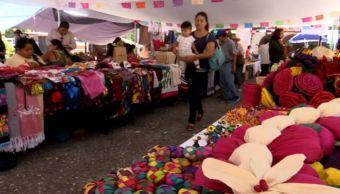 Artesanos en Festival de Teponaxtli, en Chilpancingo