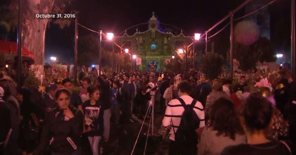 Aspectos de la celebración de Día de Muertos en Mixquic en 2016