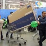 compradores abarrotan tiendas ultimo dia el buen fin