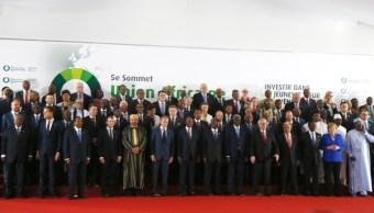 Mandatarios de UE y África condenan la trata de personas en Libia