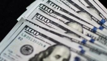 El dólar se vende en 18.57 pesos en el aeropuerto