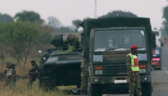 Soldados ocupan emisora nacional Harare Zimbabue