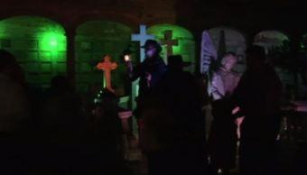 Guanajuato celebra Día de Muertos con escenificación de leyenda en panteón