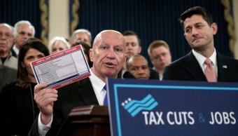 Legisladores republicanos presentan la propuesta de reforma fiscal