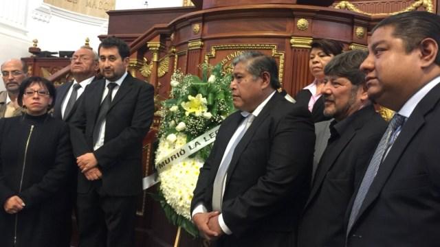 diputados morena se manifiestan luto asamblea legislativa cdmx