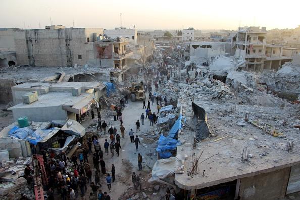 Más de 50 muertos deja bombardeo en zona rebelde de Siria