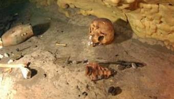 Hallan ofrenda mortuoria en la zona maya de Chichén Itzá en Yucatán