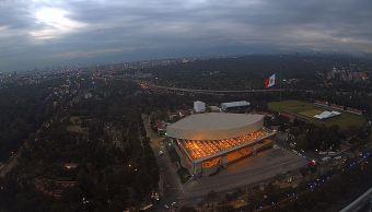 Panorámica de la Ciudad de México; prevén una temperatura máxima de 21 grados centígrados. (Twitter/@webcamsdemexico)