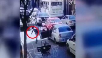 Pelea de tránsito entre conductores armados termina con disparos