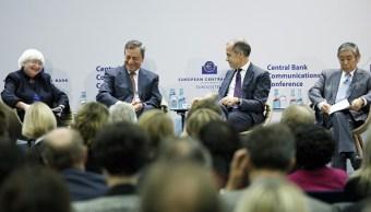Los bancos centrales quieren que inversionistas dejen el 'dinero fácil'