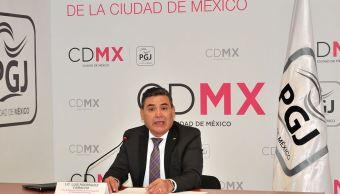 Detienen a colombiano por posesión de tarjetas bancarias robadas