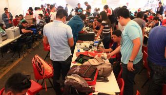 IPN realiza XI Concurso Internacional Guerra de Robots