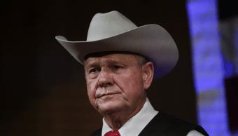 Candidato senador republicano rechaza acusación acoso menores
