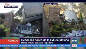 Retiran tráiler volcado en la México-Toluca