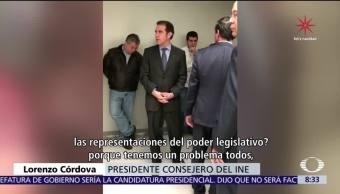 Lorenzo Córdova responde a partidos que protestan por recorte en el INE