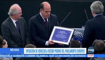 Líderes opositores de Venezuela reciben el premio Sájarov